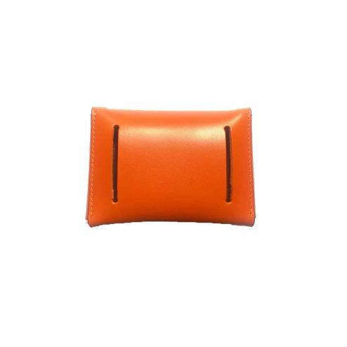 Mini Sac enveloppe orange arrière - Scène Discrète